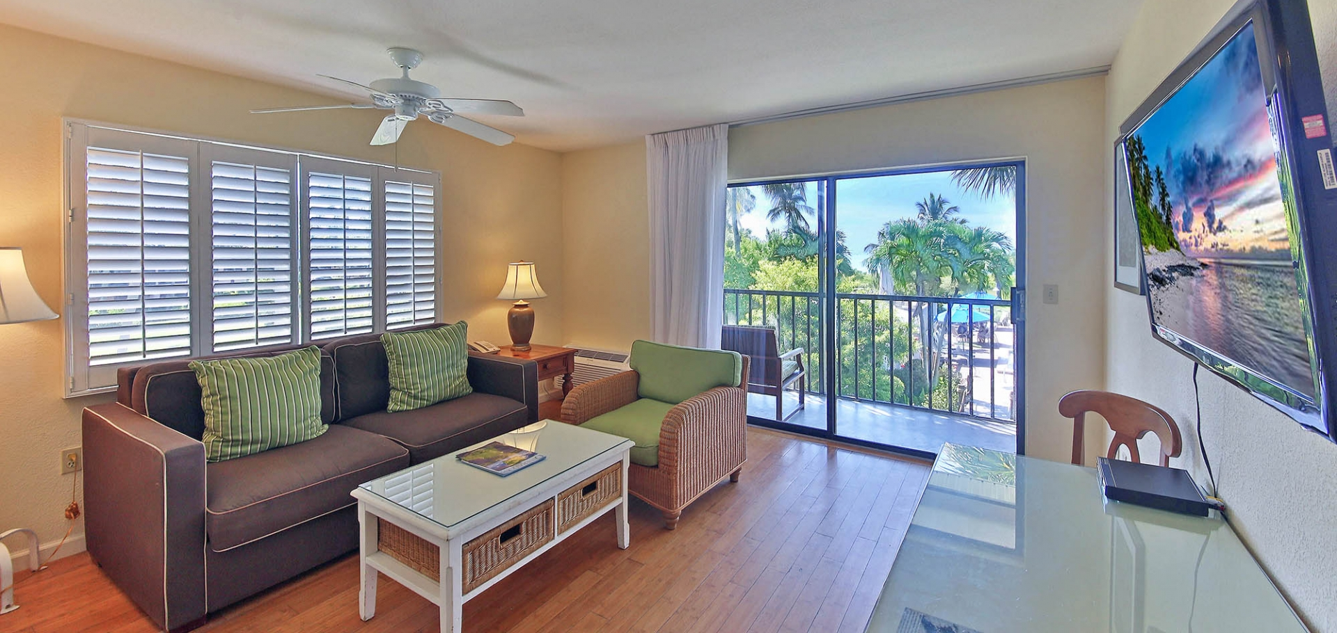 Sanibel Inn living area and balcony view