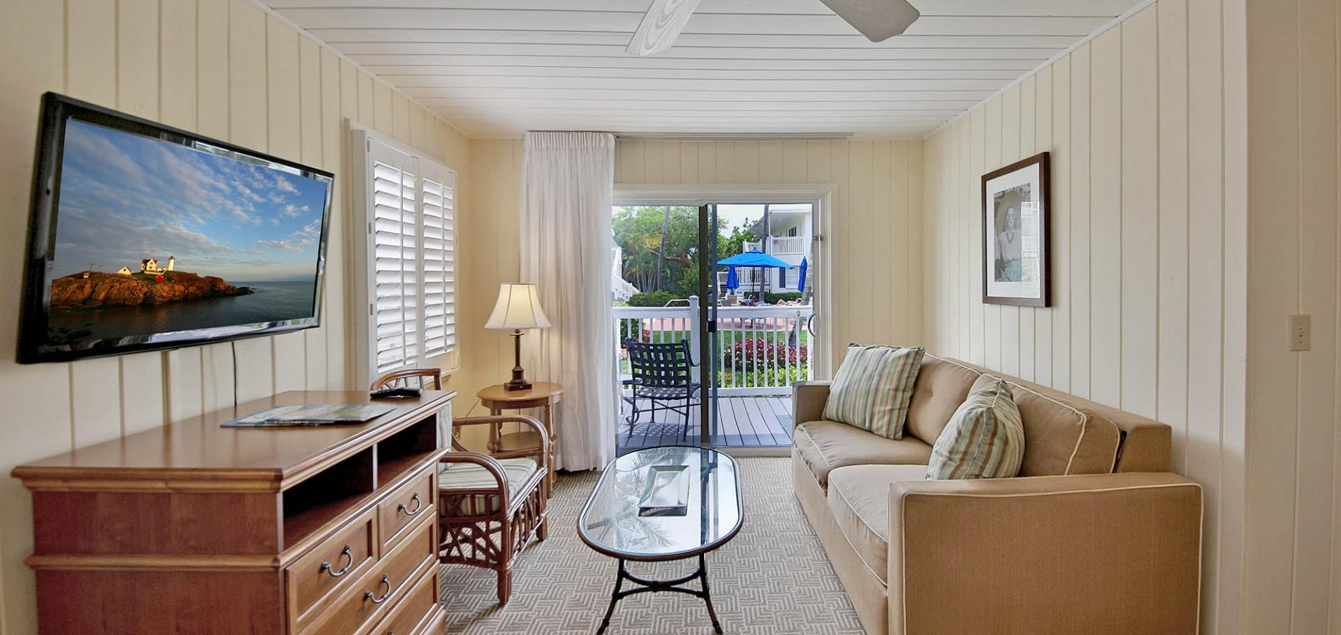 Seaside Inn living area