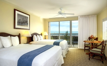 Seaside Inn: Stay 1