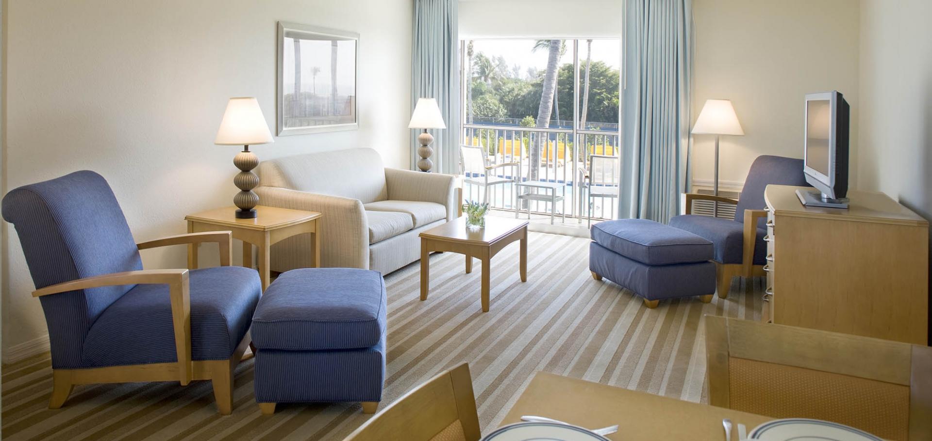 Sunset Beach Inn suite living room